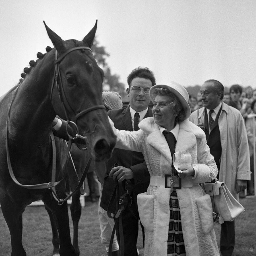 Prix-du-jockey-club-1971-RHEFFIC-Mme-Dupré---François-Mathet.jpg