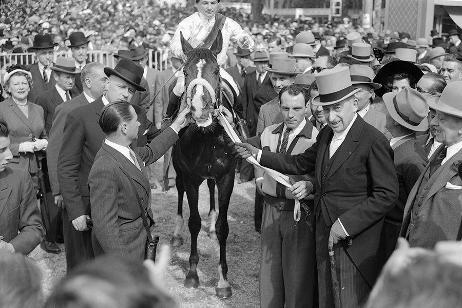 Prix-du-Jockey-Club-1951-SICAMBRE-&-Jean-Stern-.jpg