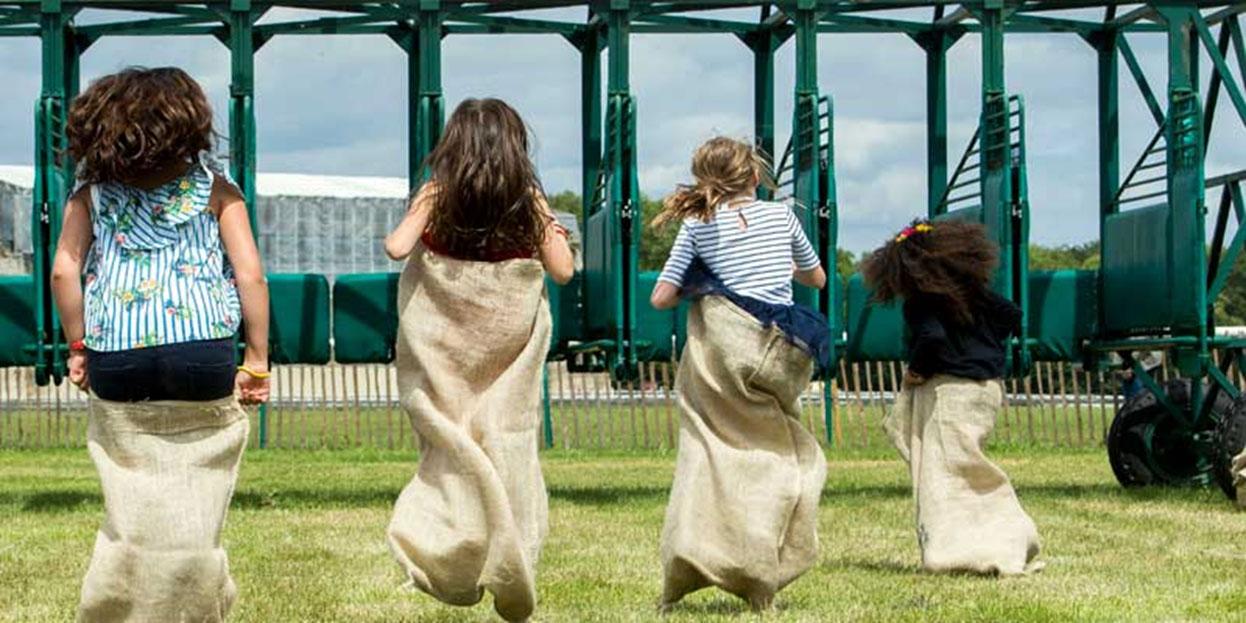 course-en-sac-enfants--Deauvile.jpg